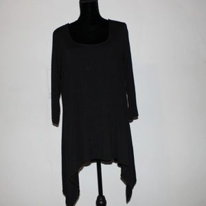 Simply Emma Tops - Simply Emma Black shark Bite tunic Top Size 2x